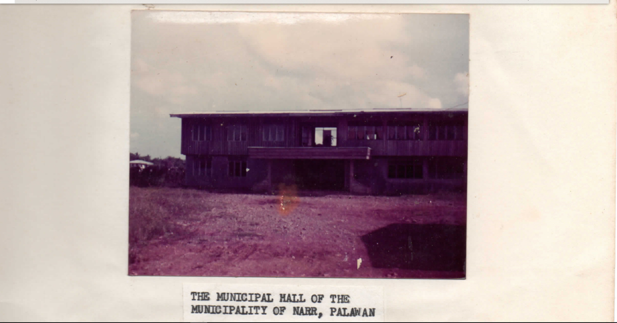 Early Photo of Narra Municipal Hall, From the Report of Roque Elefan. Photo from Narra Municipal Infromation Office.