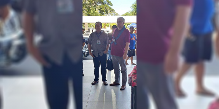 "Assistant city tourism officer Demetrio Alvior welcomes Ambassador to the Philippines Igor A. Khovaev at the Puerto Princesa City International Airport (PPCIA). Photo courtesy of assistant city tourism officer, Demetrio ""Toto"" Alvior"