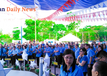 City Hall employees during the regular flag raising ceremony at the City Hall Monday revel in the announcement of Mayor Lucilo Bayron on the upcoming release of their service recognition incentive (SRI). Photo by Gillian Faye Ibañez/Palawan Daily News